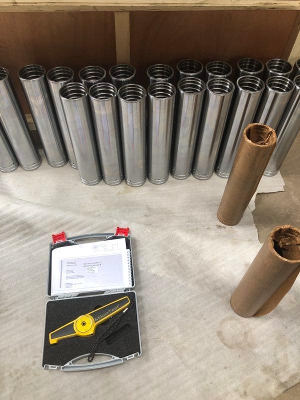 Qualitätskontrolle und Verpackung von Hydraulikzylindergehäusen