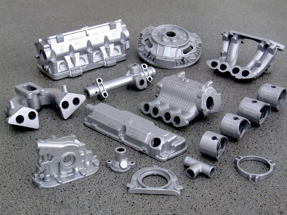 Литые из алюминия детали автомобиля