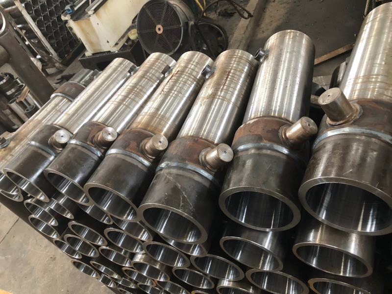 hydraulic cylinder housings